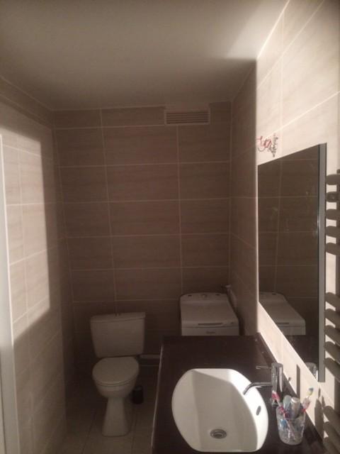 POSE CARRELAGE WC