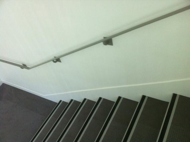 escalier bande antid rapante. Black Bedroom Furniture Sets. Home Design Ideas